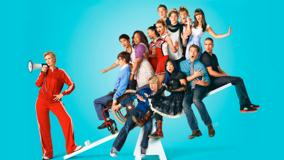 Glee &#8211; All Characters Sitting On Balance